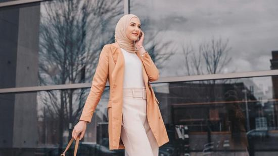 5-quick-tips-to-wear-nude-hijab-with-any-outfit